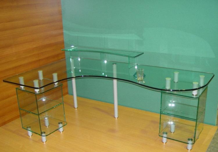 Какая фурнитура используется для склейки стекла
